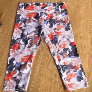Fabletics Printed Capri Leggings
